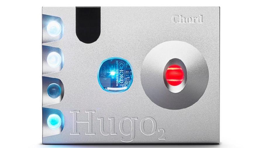 Hugo-2-Faceplate-1-900x675
